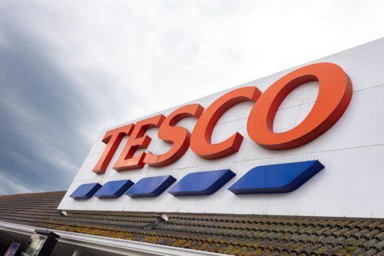 Kerstreclame Tesco gaat 'Back to the future'