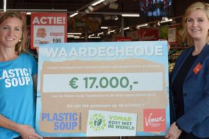 Vomar doneert aan Plastic Soup Foundation